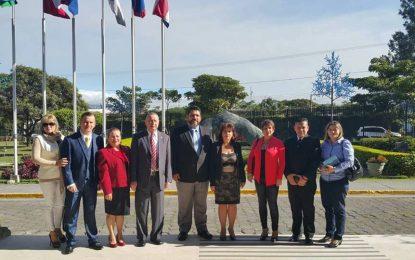 Reunión con el Poder Ejecutivo en la presentación de criterios por oposición a proyectos de Ley de Empleo Público.